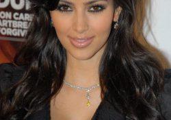 Kim Kardashian uses breast milk for her psoriasis